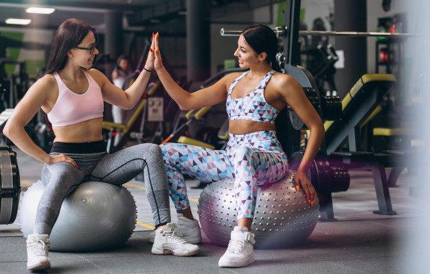allenamento forma fisica ragazze donne